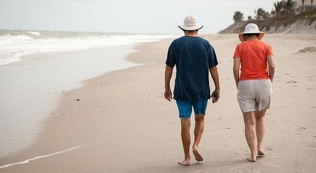 Bonus vacanze, per le famiglie fino a 500 euro per spostarsi in Italia: come funziona