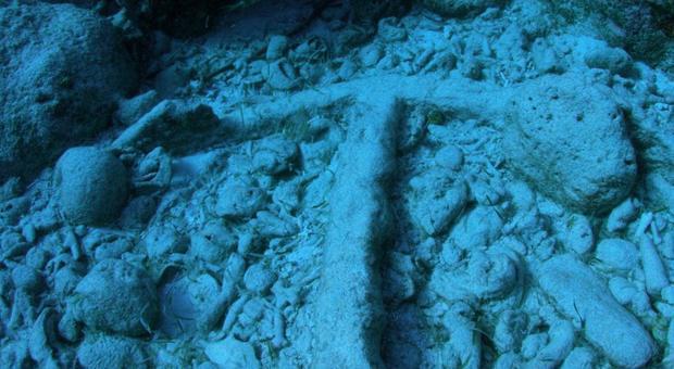 Caraibi, l'ancora di una delle navi di Colombo ritrovata grazie alle mappe disegnate da un astronauta