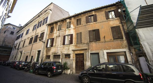 scandalo affitti a roma dai sindacati alle ambasciate