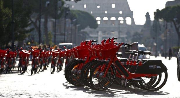 Roma, bike sharing: arrivano 2.800 bici elettriche in città