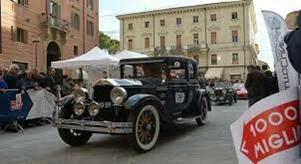 Un'edizione precedente della Mille Miglia a Rieti