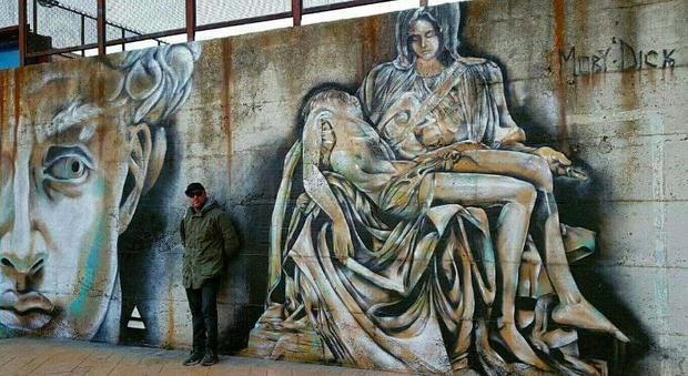 Roma, a Rebibbia la street art di Moby Dick: arrivano il David e la Pietà di Michelangelo