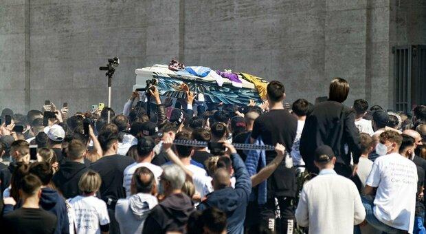 Daniel Guerini, il funerale a Don Bosco: il mondo del calcio abbraccia il giovane campione della Lazio