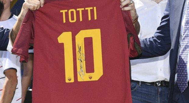 La Roma e il dopo Totti: la maglia numero 10 diventerà un premio