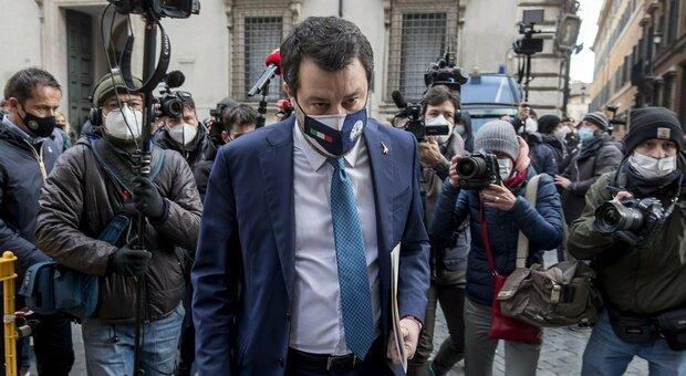 Governo, Salvini e Meloni si rivolgono al Colle: «Conte non ha la maggioranza, chiediamo colloquio a Mattarella»