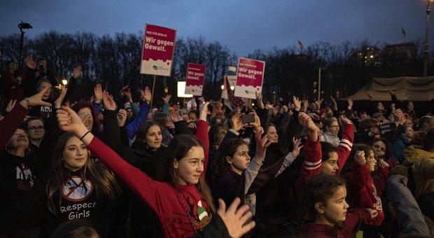 Violenza, la rivoluzione a passo di danza: oggi flash mob a Roma e in tante altre piazze