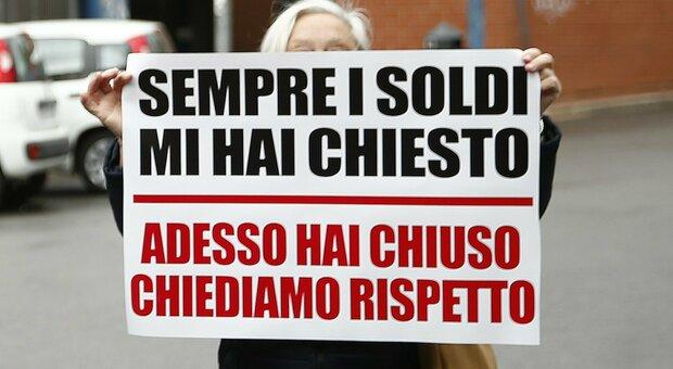 La protesta dei commercianti all'Eur