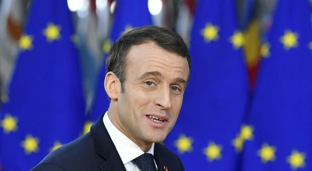 Intelligence, Macron: