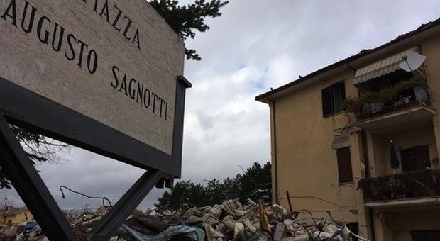Terremoto Amatrice, l'ex sindaco Pirozzi e altri 5 a processo per il crollo della palazzina ex Ina