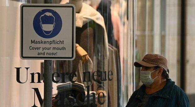 Covid diretta, allarme in Polonia: 153 morti, scatta la zona rossa. Boom di casi in Germania, Francia e Spagna