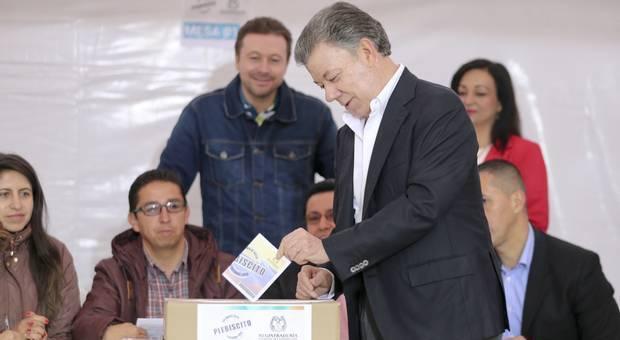 Colombia senza pace: referendum respinge accordo tra governo e guerriglieri Farc