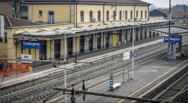 Coronavirus, settimo morto, è un 80enne a Milano. Italia, 230 casi. Militare positivo a Cremona. Piazza Affari -4,7%. Aerei, sciopero rinviato