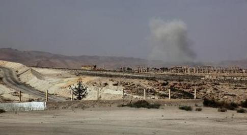 Siria, battaglia tra Isis e l'esercito di Assad alle porte di Palmira