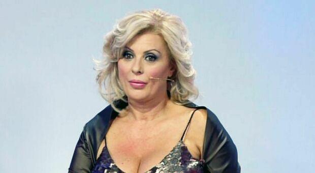 Tina Cipollari torna single, l'annuncio su Instagram: è finita con Vincenzo Ferrara