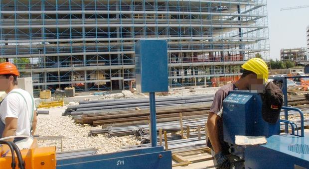 L'Ecobonus al 110% slitta, Gualtieri: «Tasse giù da luglio per 16 milioni di lavoratori»