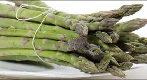 Cibi afrodisiaci, dagli asparagi all'aglio ecco la top 10
