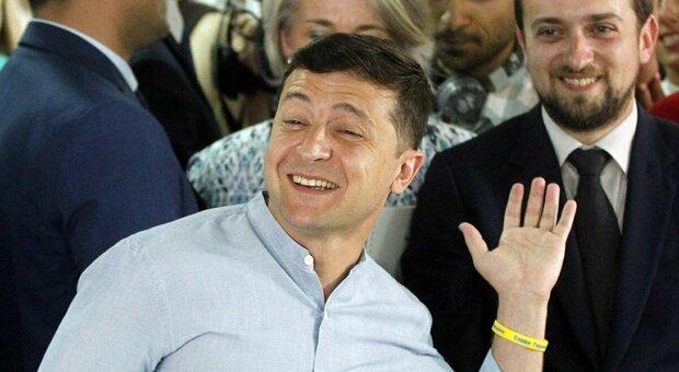 Covid, positivo Zelensky: il presidente ucraino in ospedale
