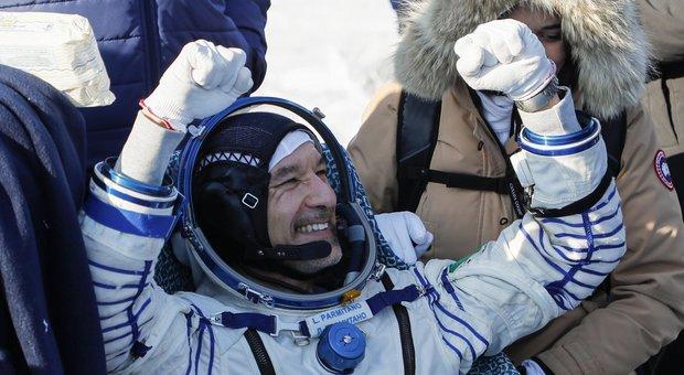 Luca Parmitano torna oggi sulla Terra a 28.800 kmh sulla Soyuz arroventata a 2.000 gradi. Ecco che cosa vedrà Diretta dalle 9