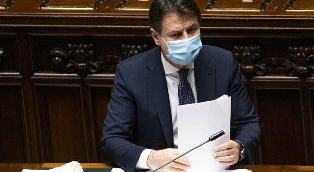 Covid, Conte alla Camera: «In Italia scenario di tipo 3. Senza misure epidemia ci sfugge di mano»