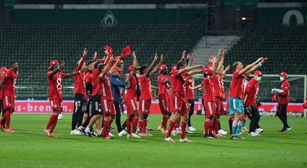 Bundesliga, Lewandowski gol: Bayern campione per l'ottava volta di fila