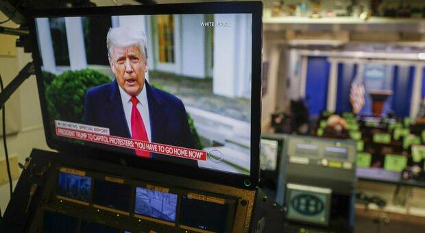 Trump, Facebook vieta anche la sua voce: Rimosso un video dal profilo della nuora