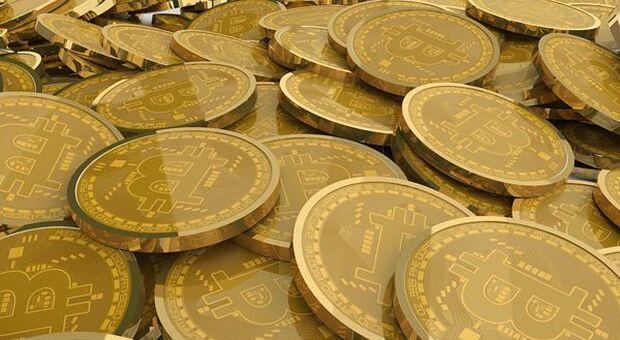 Bitcoin scende sotto quota 30 mila dollari. Possibili ulteriori ribassi