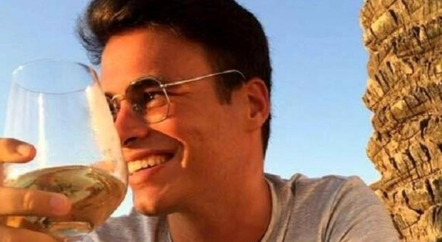 Studente scomparso a Pisa trovato morto carbonizzato, il dolore del padre: «Adesso è tra gli angeli»