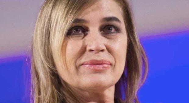 Grande Fratello Vip: Lory Del Santo ci sta provando con Elia Fongaro?