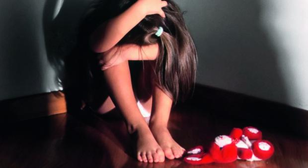 Roma, bidello abusava dei bambini all'asilo: tradito dalle telecamere