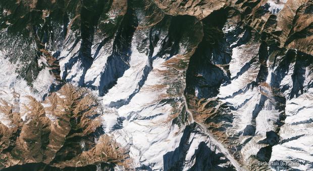 India, satelliti rivelano la causa del disastro di Chamoli