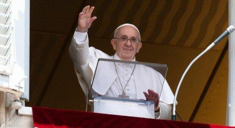 Papa Francesco rassicura il nunzio in Armenia, «fratello piano piano mi sto riprendendo»