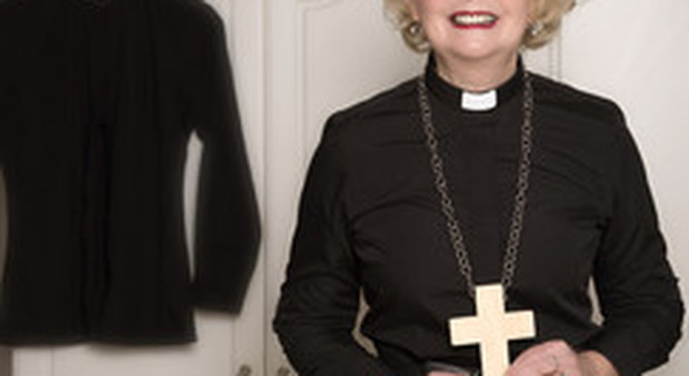 Cardinale Schoenborn spinge per il diaconato femminile, aprire i ministeri alle donne