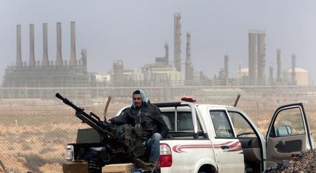 Libia, stop all'export del petrolio. L'Onu: «Conseguenze devastanti» thumbnail
