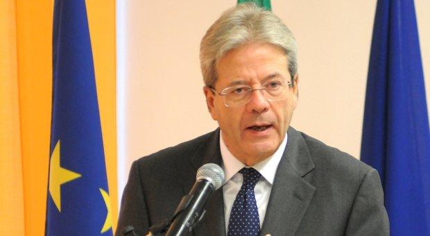 Coronavirus, Gentiloni: «Il progetto Ue è a rischio». E lo Spread risale