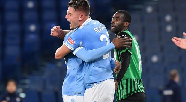 Lazio-Sassuolo 2-1: Milinkovic e Immobile ribaltano De Zerbi. Champions League a due lunghezze