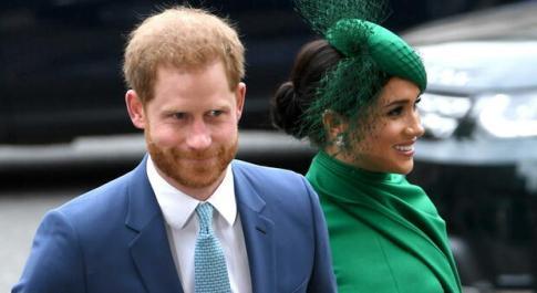 Harry, il biografo reale: «Vive costantemente nella paura di perdere Meghan come è successo con Diana»