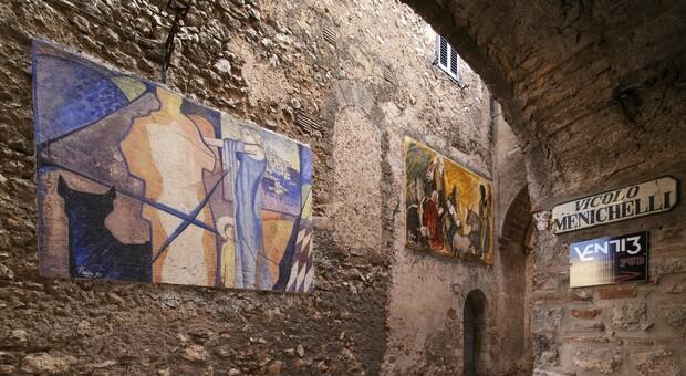 """Calvi dell'Umbria, presenta """"Libri sotto l'Arco"""". Biblioteca diffusa nel centro storico del paese."""