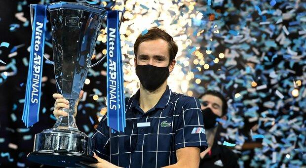 Medvedev trionfa alle Atp Finals: Thiem si arrende in tre set