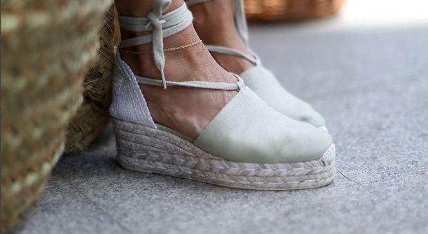 Espadrillas mania? Anche a settembre: 6 modi di continuare a indossare le vostre scarpe preferite