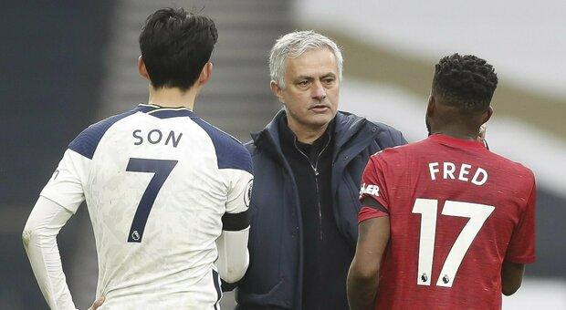 Roma, l'Ajax torna a vincere. Mourinho battuto dallo United. West Ham, vittoria con vista Champions