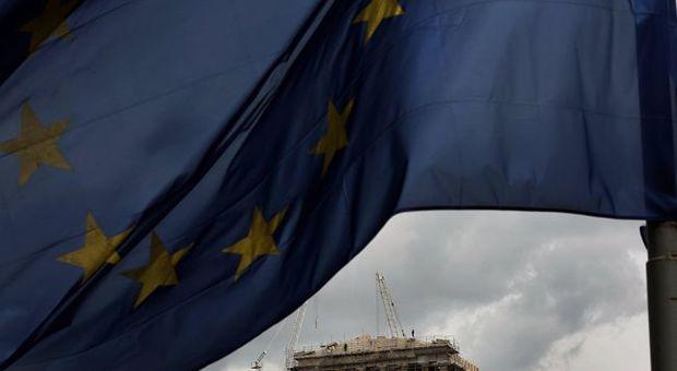 Ue estende il monitoraggio post-salvataggio della Grecia