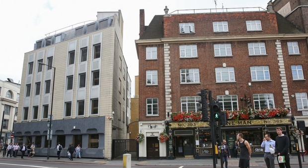 Londra nel mini vicolo sorgerà una casa da milioni di sterline