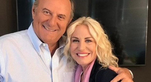 Antonella Clerici, a sorpresa a Mediaset con Gerry Scotti. Fan entusiasti: «Cosa bolle in pentola?»