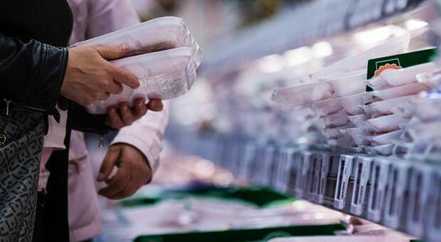 Crollo dei consumi delle famiglie nel 2020 a causa della pandemia