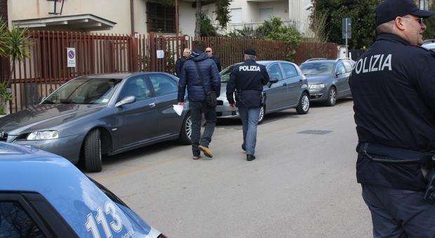 Roma, buttafuori spara contro i clienti del ristorante: arrestato