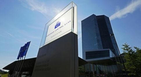 Bce, ripresa si rafforza ma restano incertezze