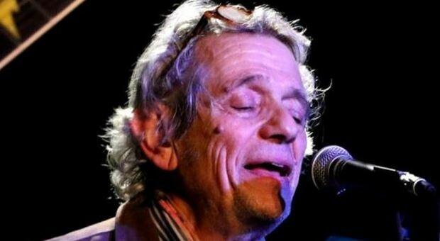 Dopo dieci anni un nuovo disco del cantautore e chitarrista romano, fondatore del Canzoniene del Lazio