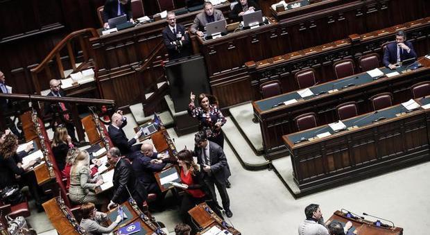 Taglio parlamentari, slitta la richiesta di referendum: mancano le firme