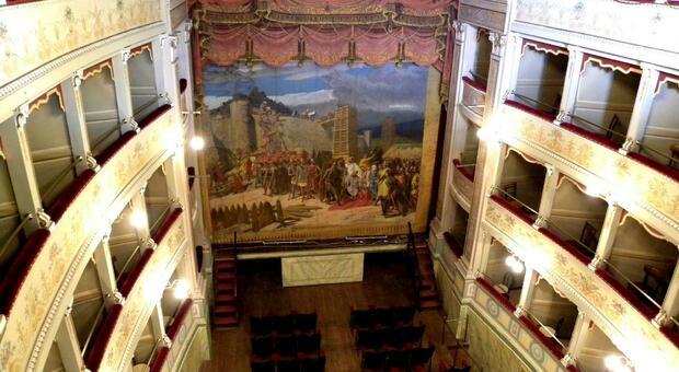 Amelia, città divisa sul futuro del teatro sociale
