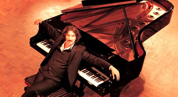 Sergio Cammariere, con l'album «Piano Nudo» una nuova performance sulla  tastiera